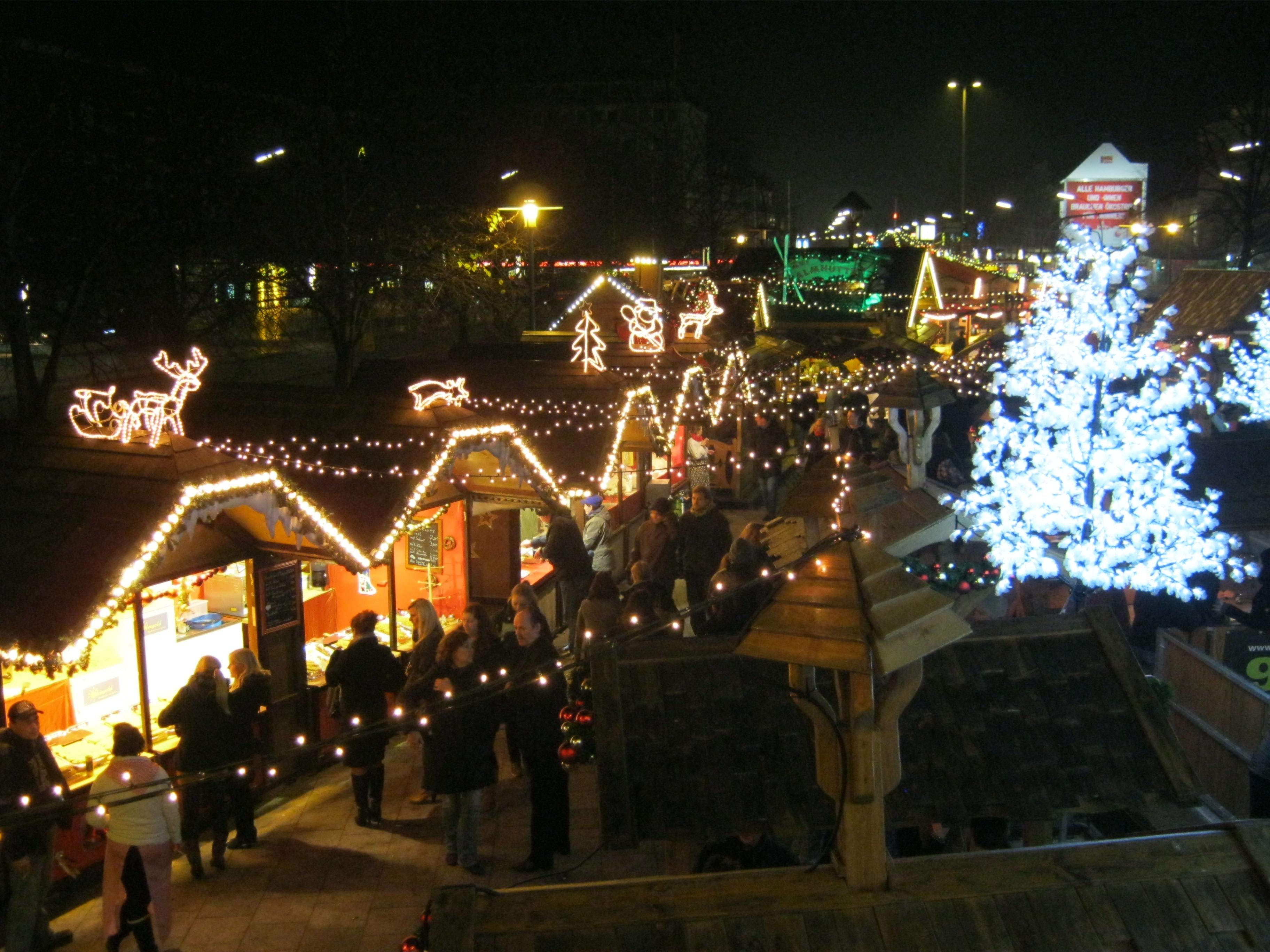 weihnachtsmarkt in hamburg wandsbek der winterzauber. Black Bedroom Furniture Sets. Home Design Ideas