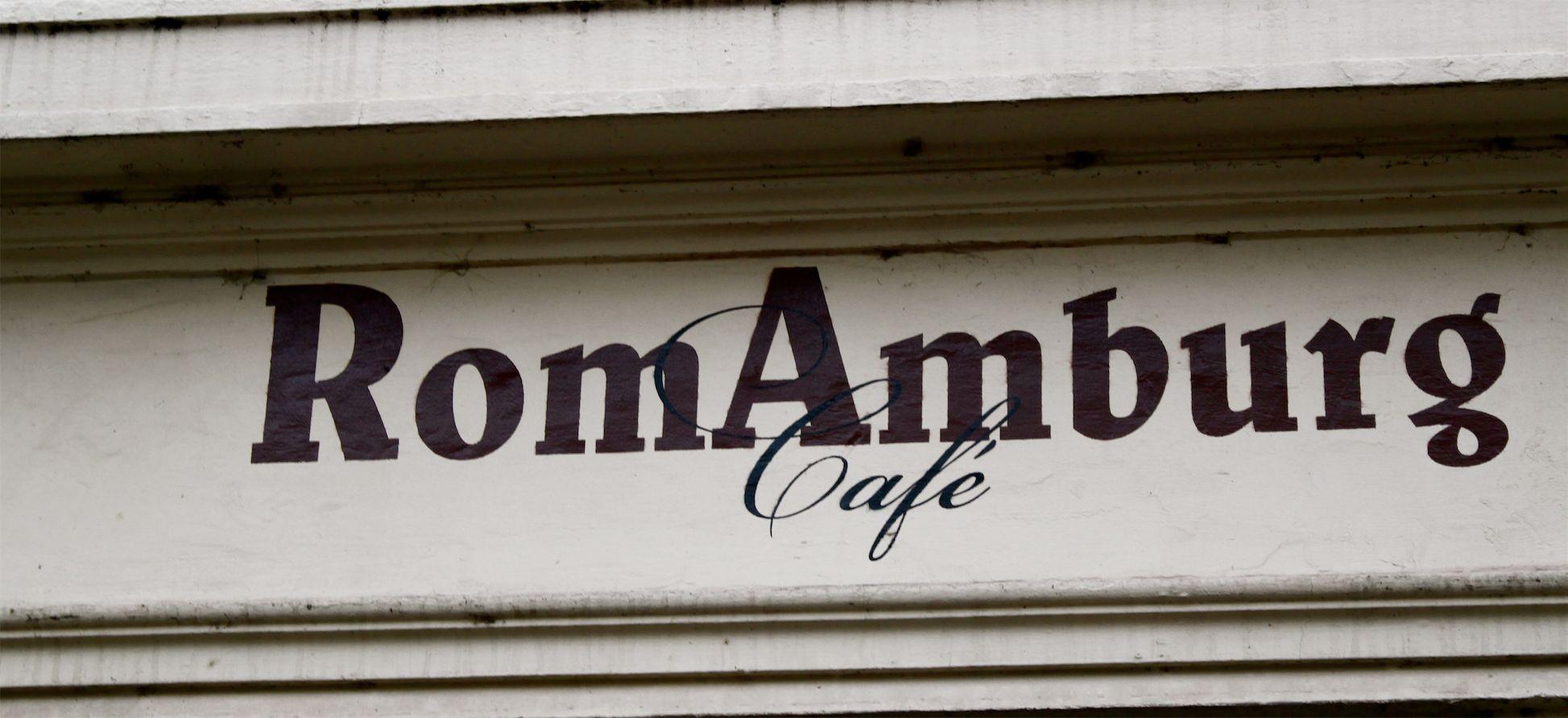 Werbeschild eines Cafés