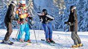 Kinder am Skihang