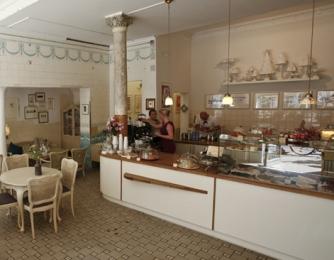 Blick in das Café Herr Max Hamburg
