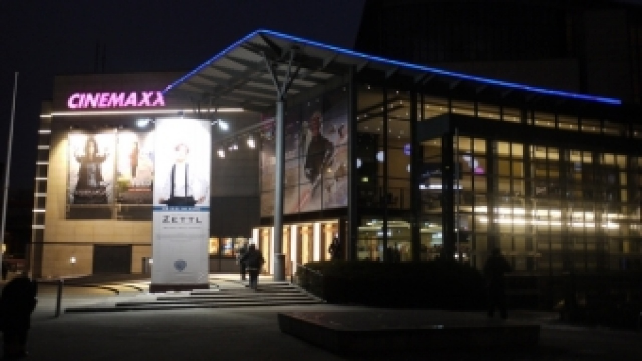 Kino hamburg wandsbek markt