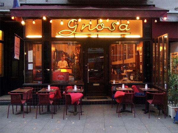 Cafe Gnosa Straßenansicht in Hamburg St. Georg