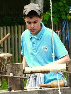Handdrechseln für Kinder und Jugendliche Ostermarkt Trittau bei Hamburg