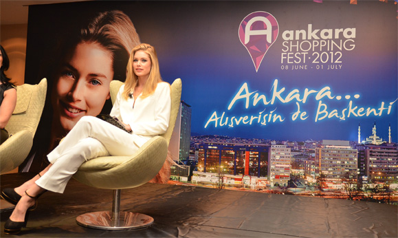 Ankara Shopping Night mit Doutzen Kroes © William Oswald