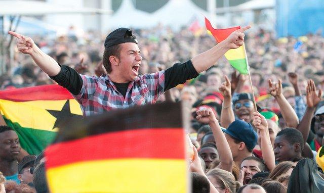 Public Viewing Fußball Fanfest auf dem Heiligengeistfeld Hamburg © UBA Hamburg