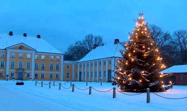 Schloss Wotersen - der stimmungsvolle Schloss Weihnachtsmarkt Foto: Schloss Wotersen