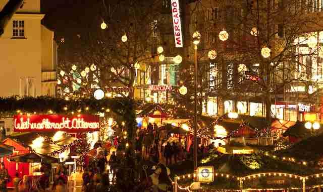 Die bunte Vielfalt - Weihnachtsmarkt in Hamburg Ottensen Foto: Veranstalter