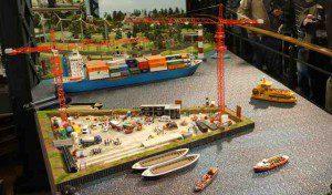 Die Baustelle der Elbphilharmonie in der HafenCity des Miniatur Wunderland  Foto: Tamke