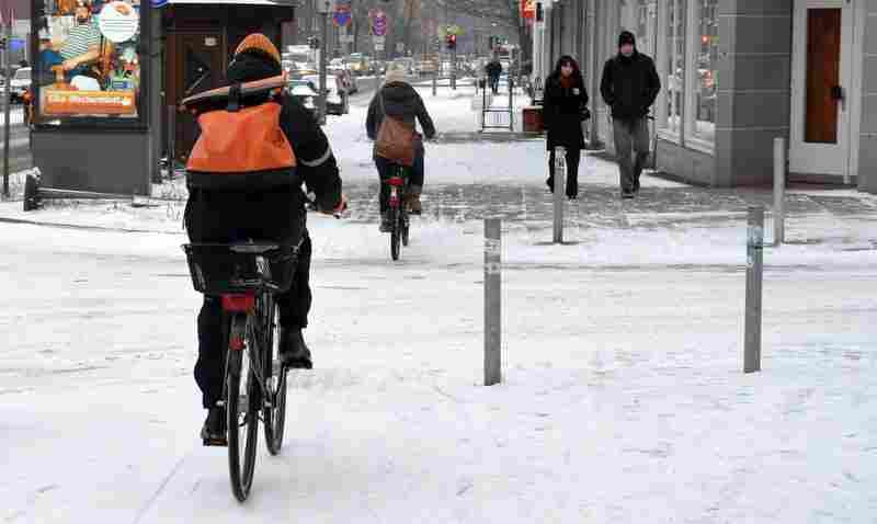 Reine Glückssache - Winterdienst auf Radwegen in Hamburg Foto: ADFC Hamburg