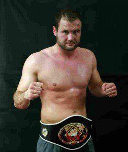 Der bekannte Kampfsportler und Trainer Martin Jahn (29)aus Hamburg  Foto: Veranstalter