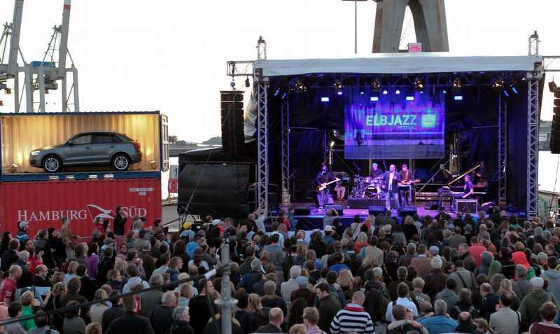 Das Elbjazz Festival auf Blohm + Voss Foto: Christian Spahrbier