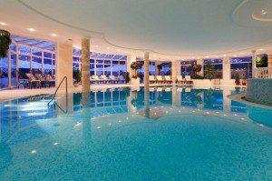 Der Indoorpool im Gassenhof Foto. Hotel