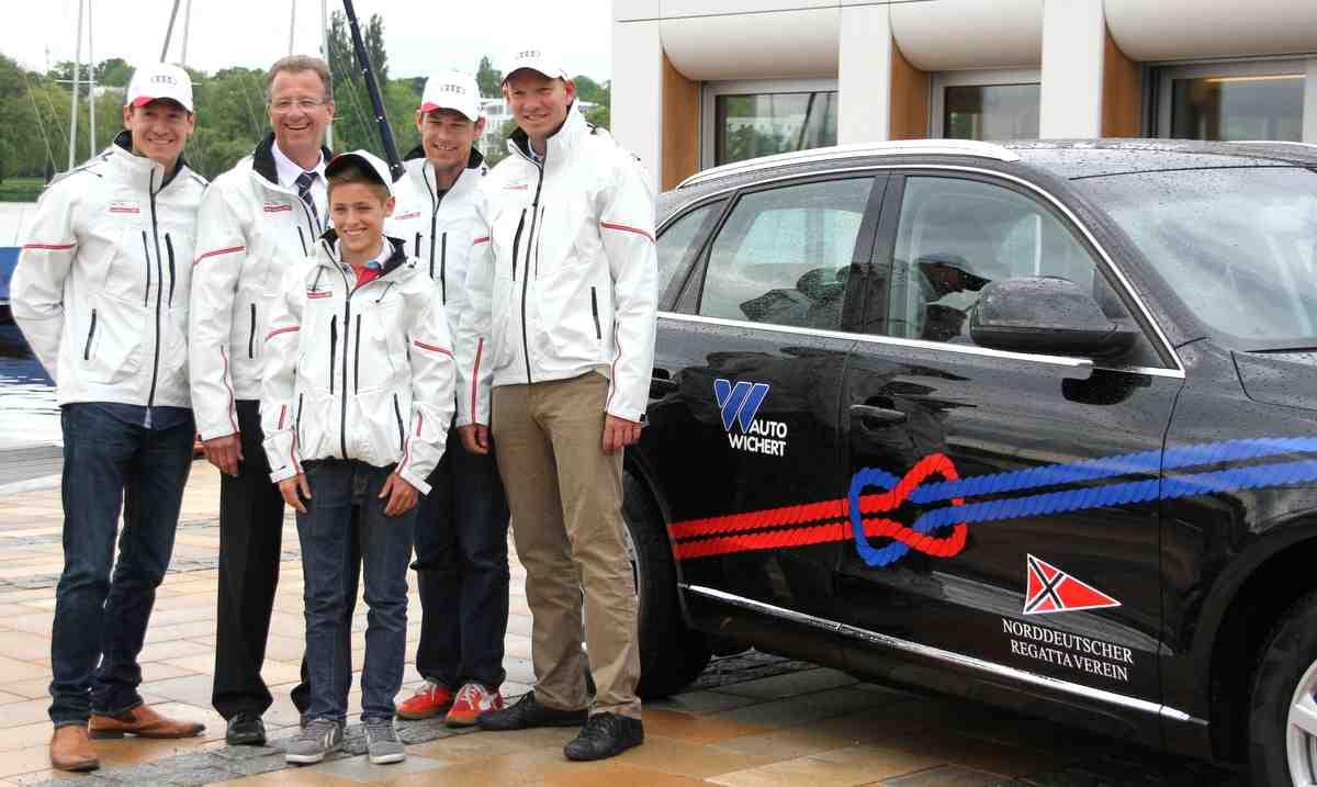 Die NRV Bundesliga Segel Crew mit Jens Glathe Foto: Auto Wichert