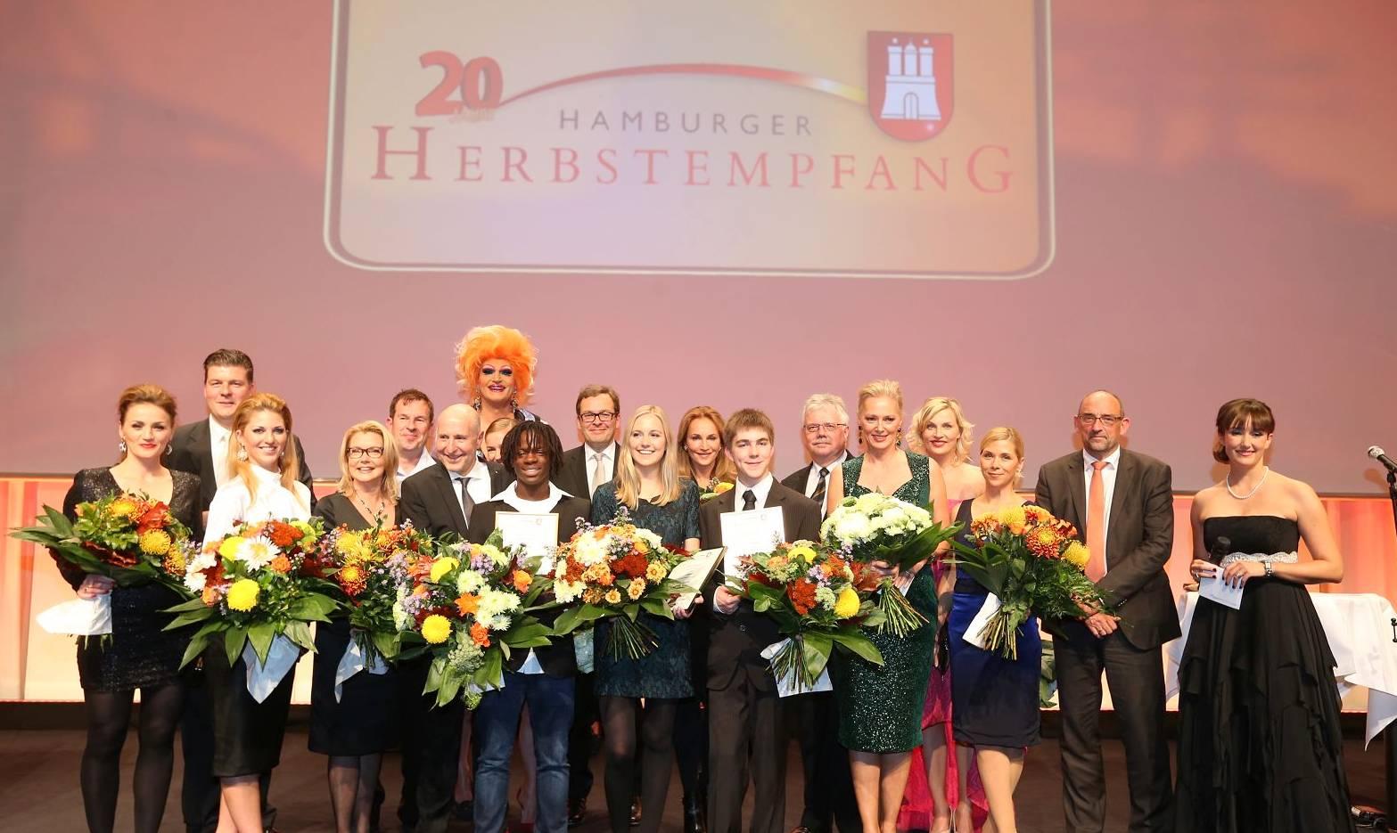 Die Preisträger und Jury vom Hamburger Sozial Oskar 2014