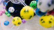 Lottokugel Symbolfoto