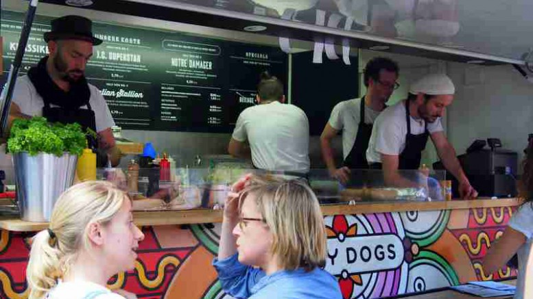 alle food trucks beim 2 food truck festival hamburg. Black Bedroom Furniture Sets. Home Design Ideas