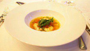 Kartoffel-Rouille-Ravioli mit Langustino