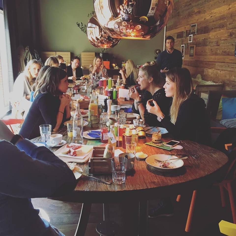 neon neid _ olive joy _ foodvibes _ hamburg _ 04