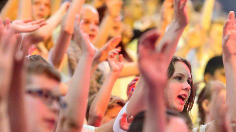 YOUNG VOICES am 16. Juni 2016 in der Barclaycard Arena Hamburg