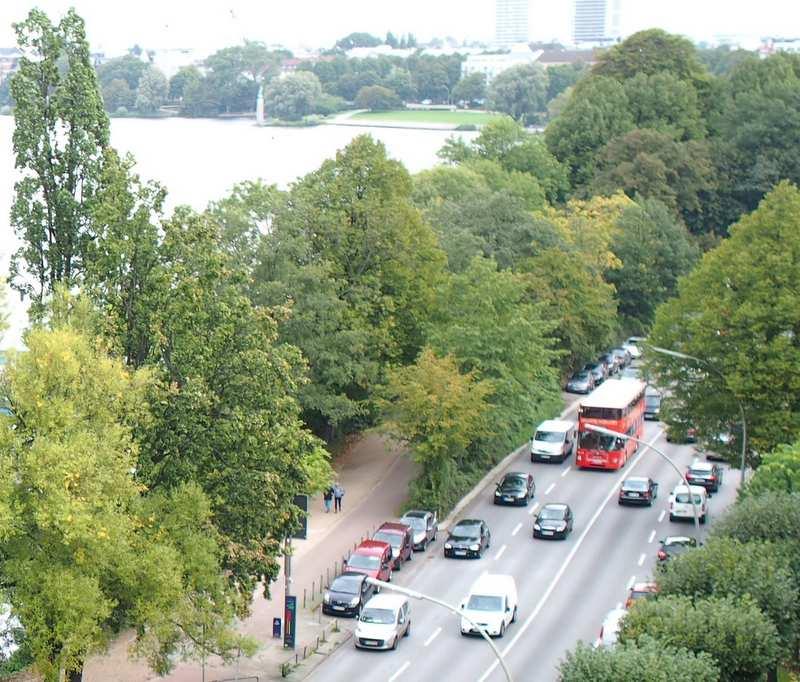An der Alster - Straßenverkehr
