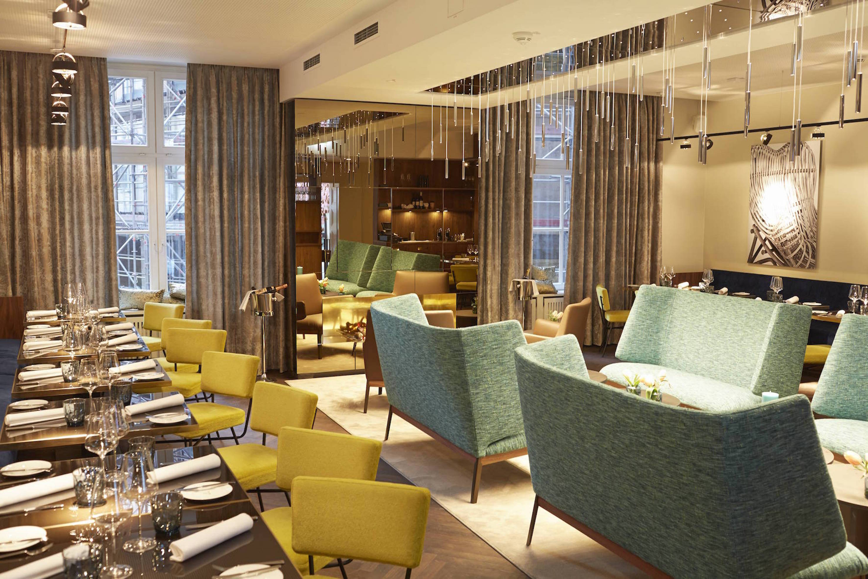 Favoloso Lounge