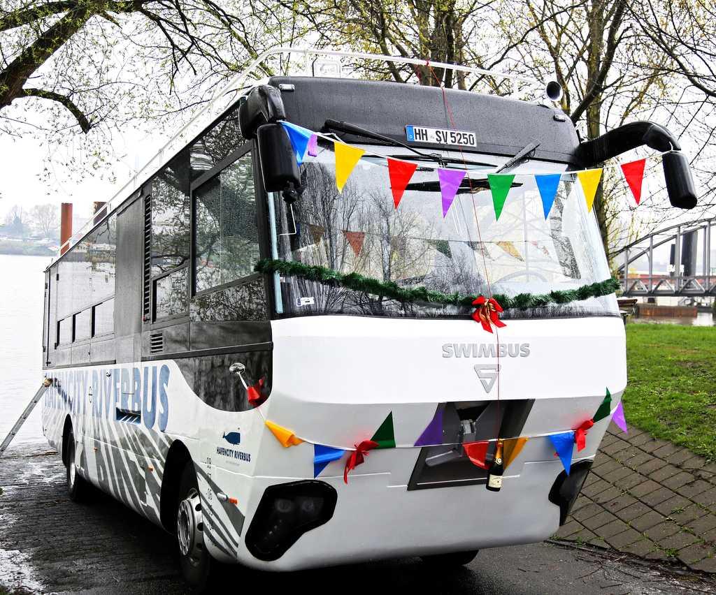 Taufe HafenCity Riverbus