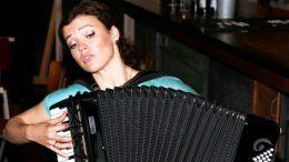 Ksenija Sidorova spiel Akkordeon