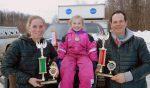 stolze Eltern mit Weltmeisterin Leonie Tetzner 2016