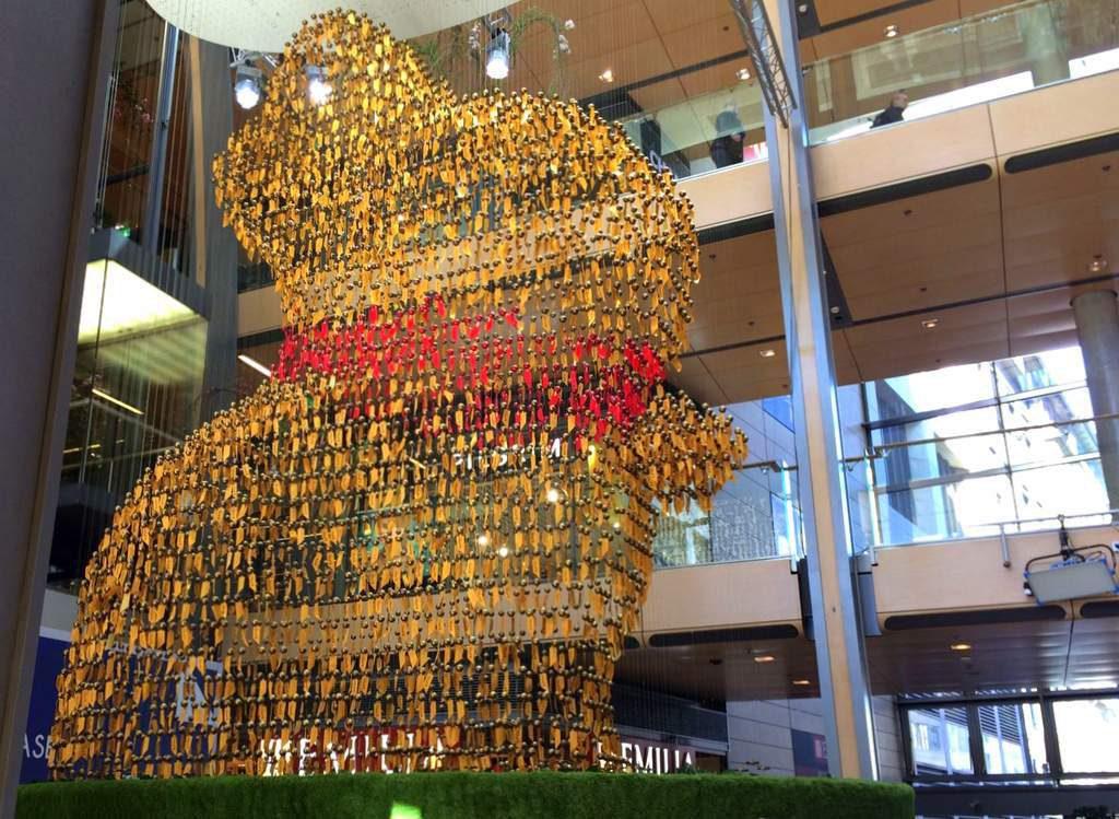 Die Goldhasen Installation