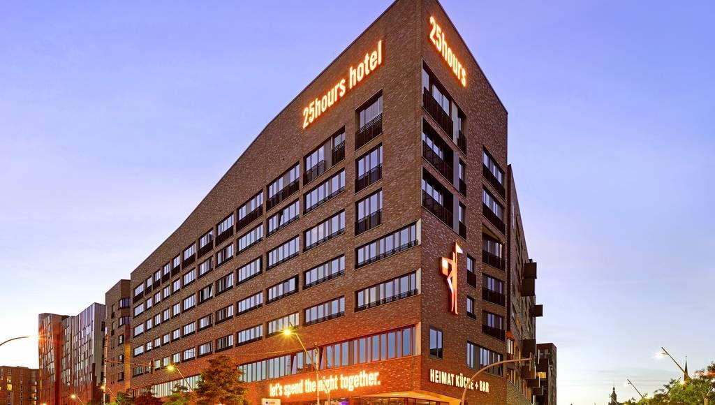 Außenansicht: das 25hours Hotel in Hamburg