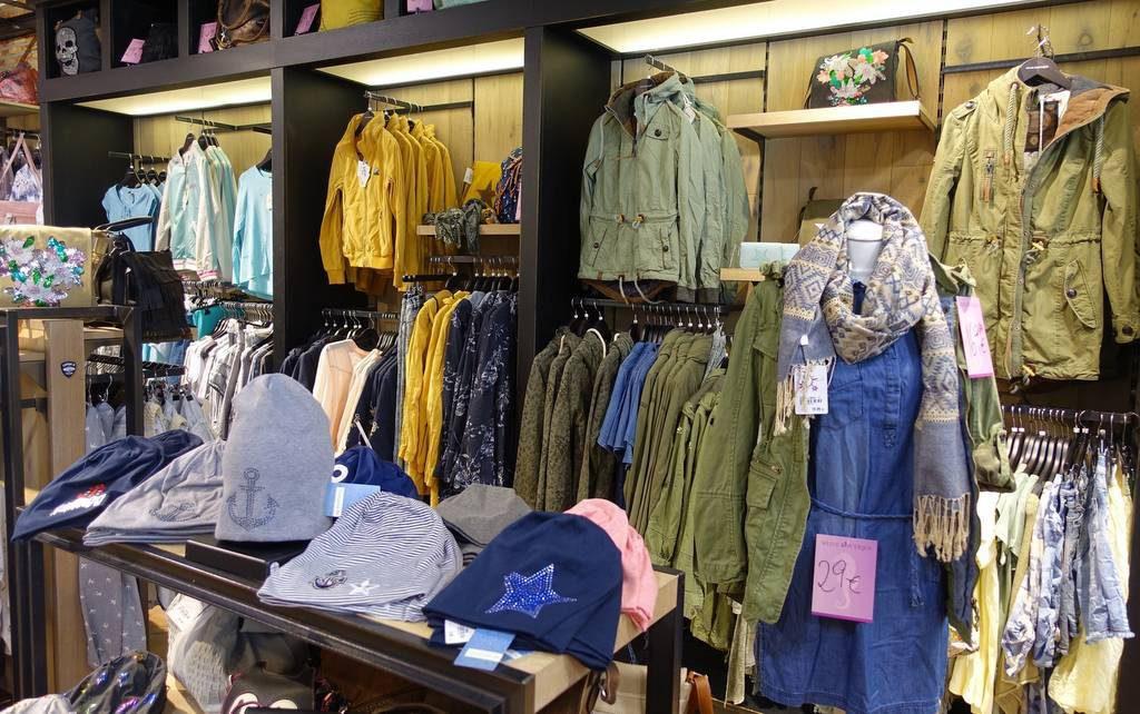 Innenansicht Meine Boutique ein neuer Mode Store