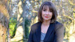 Die Trauerrednerin Claudia Meihm