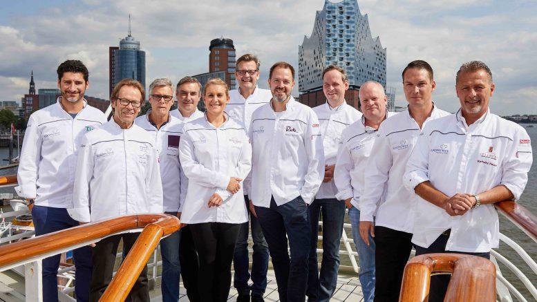 Gruppenfoto mit Köchen auf der MS Europa 2