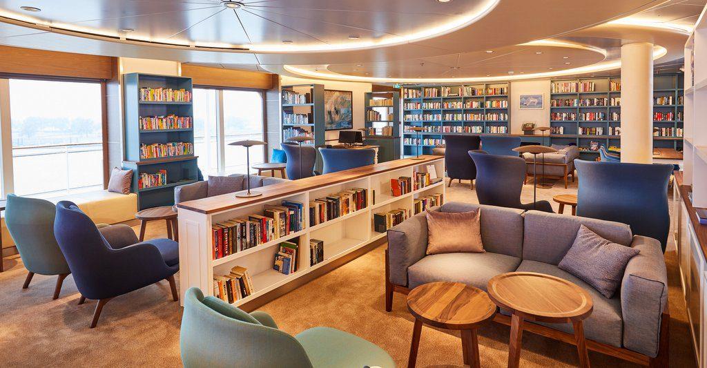 Belvedere Bibliothek auf der MS Europa 2