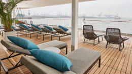 Ocean Spa Außenbereich im Hamburger Herbstwetter auf der MS Europa 2