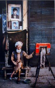 Steve McCurry - Reading
