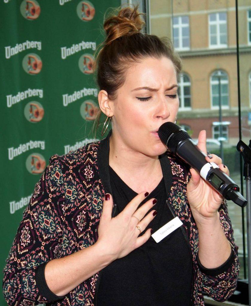 Die Gewinnerin des Wettbewerbs in Hamburg: Koch und sing Dich auf den Underberg