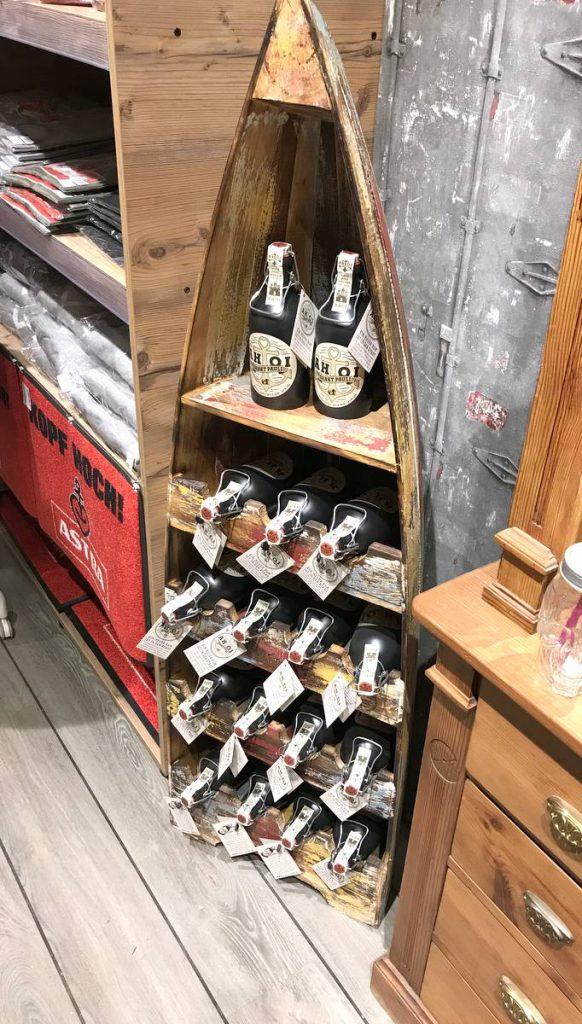 AHOI Souvenir-Shop Innenansicht