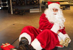 Weihnachtsmänner Workout im Meridian