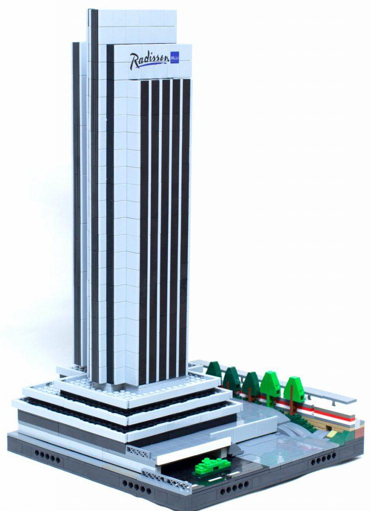 Aus Lego gebaut, das Radisson Blu Hotel