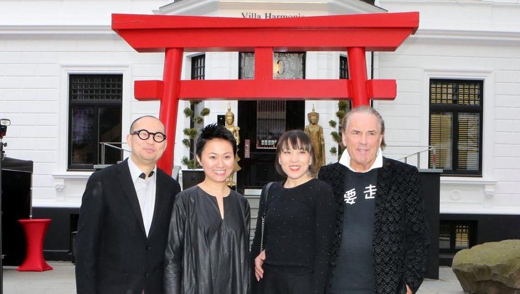 Land des Lächelns - Vernissage MIKADO Asiatica Gallery House