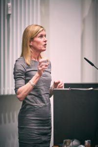 Robin Hauser spricht bei Hamburg Women Connect