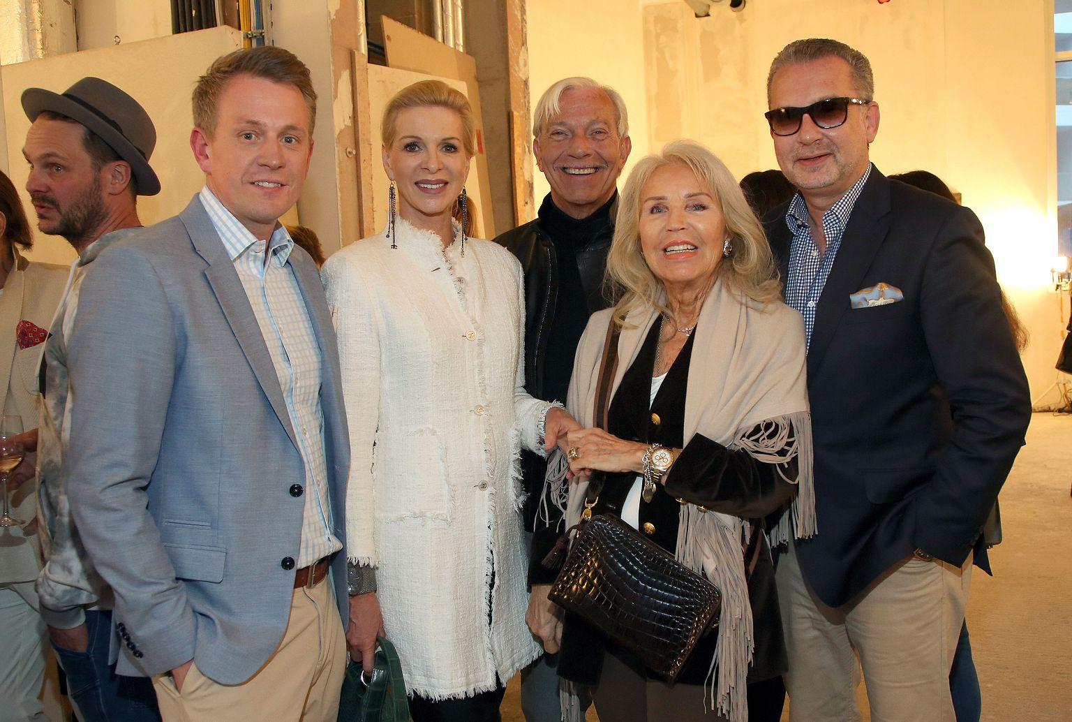 Gäste der Vernissage René Turrek 2018 Gruppenbild