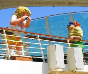 Figuren auf der Navigator of the Seas