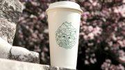 Wiederverwendbarer Coffee to go Becher von Starbucks