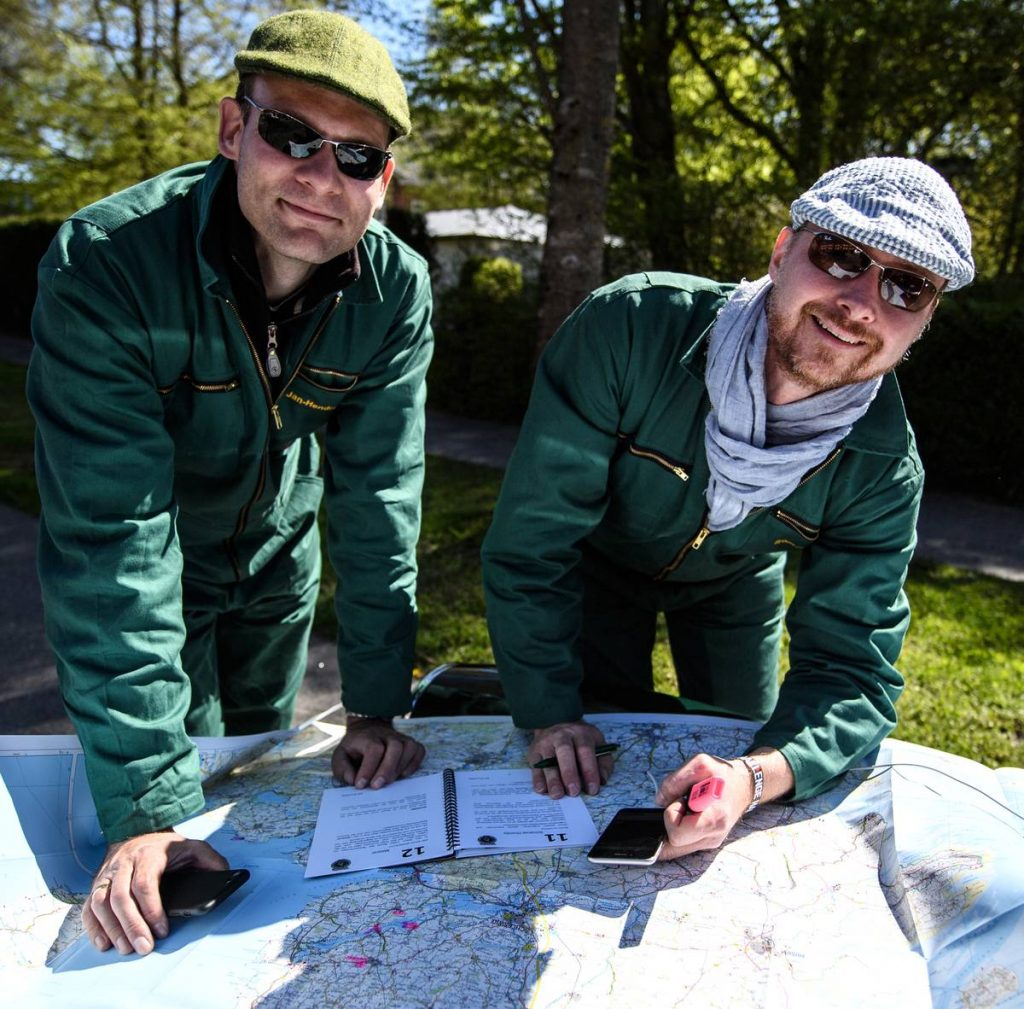 Waamlöt-Rallye 2018 beim Studium der Karte