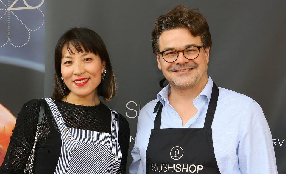 Gäste beim Shushi Shop Terrace-Opening