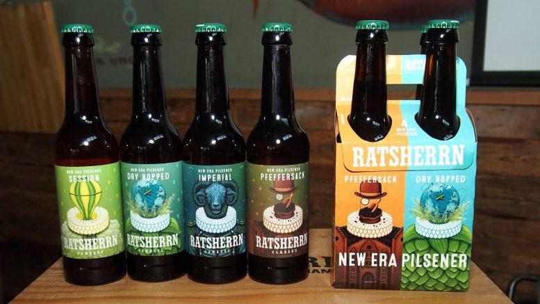 Pilsener Bierflaschen und 4er Pack