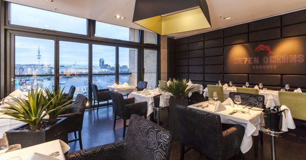 Innansicht desSe7enOceans Restaurant