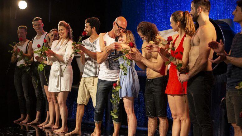 Die Artisten beim Schluss-Applaus